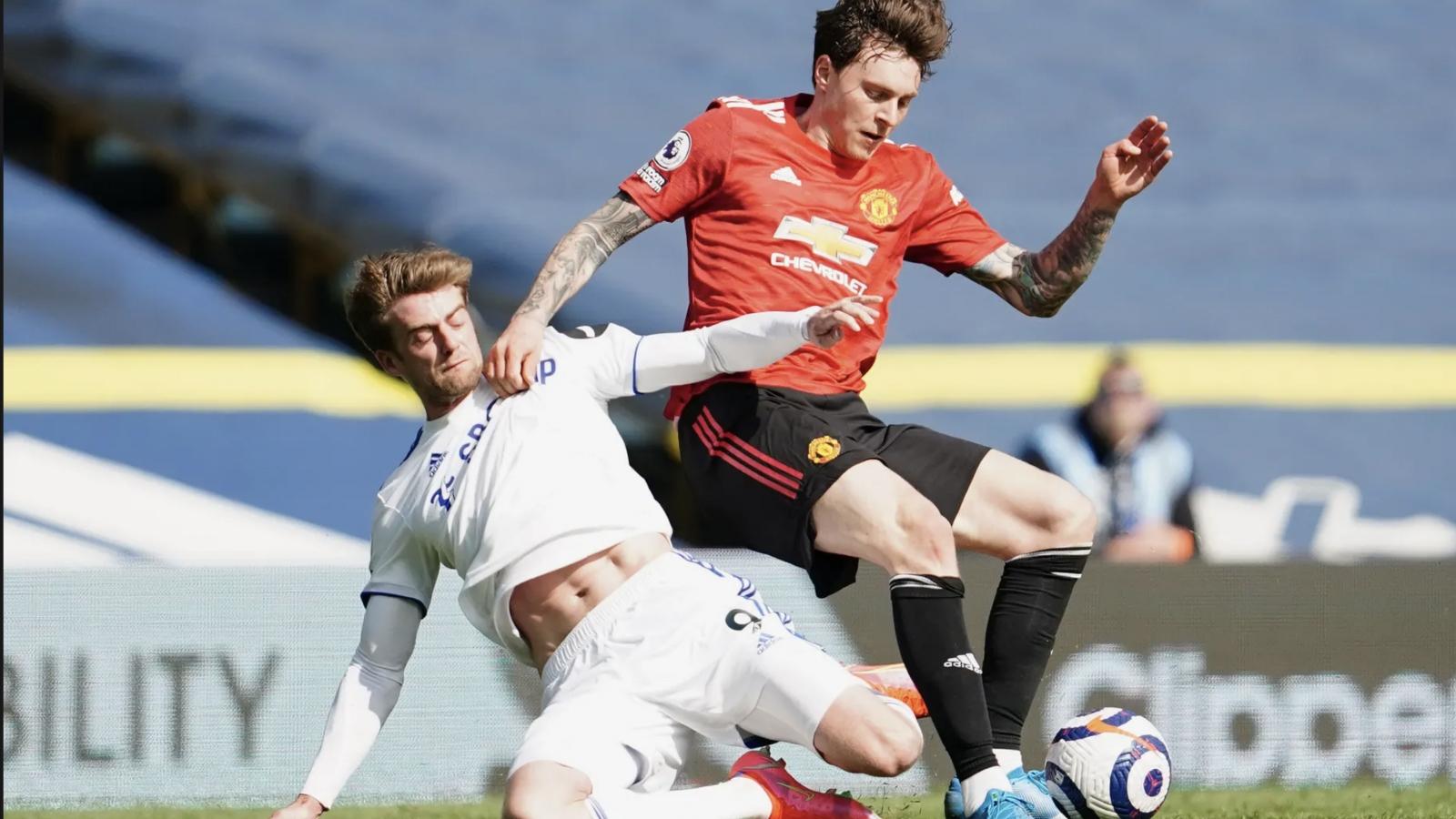 Hòa bạc nhược trên sân Leeds, MU xa dần mục tiêu vô địch Ngoại hạng Anh