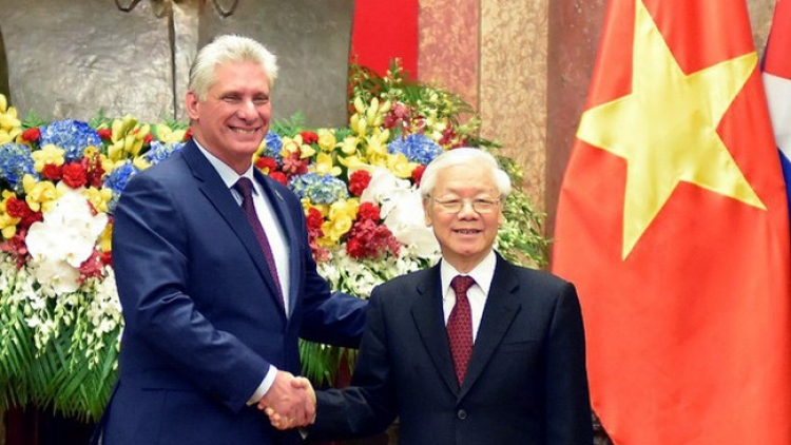 Tổng Bí thư Nguyễn Phú Trọng chúc mừng Bí thư thứ nhất Đảng Cộng sản Cuba