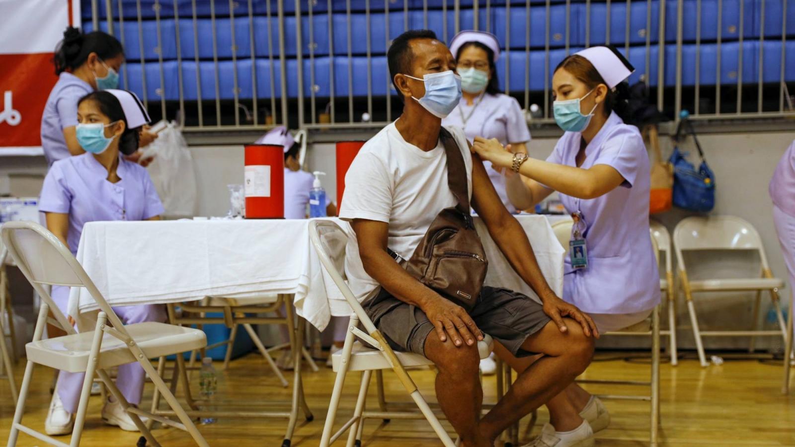 Thái Lan lên kế hoạch phong toả một phần đất nước vì dịch Covid-19