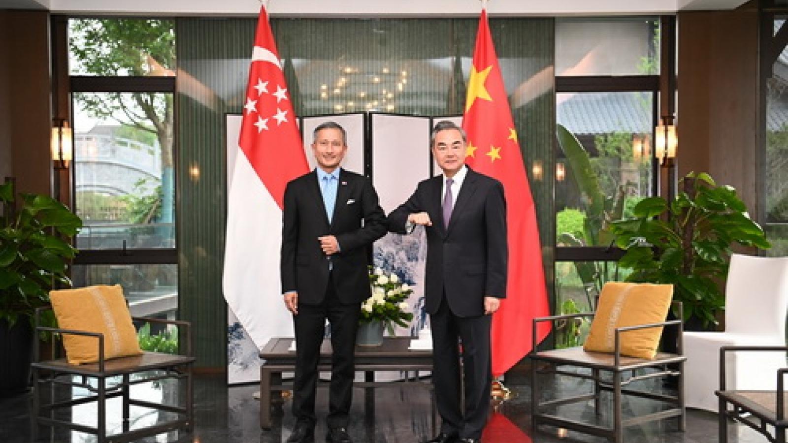 """Trung Quốc và Singapore xem xét công nhận """"hộ chiếu vaccine"""" của nhau"""