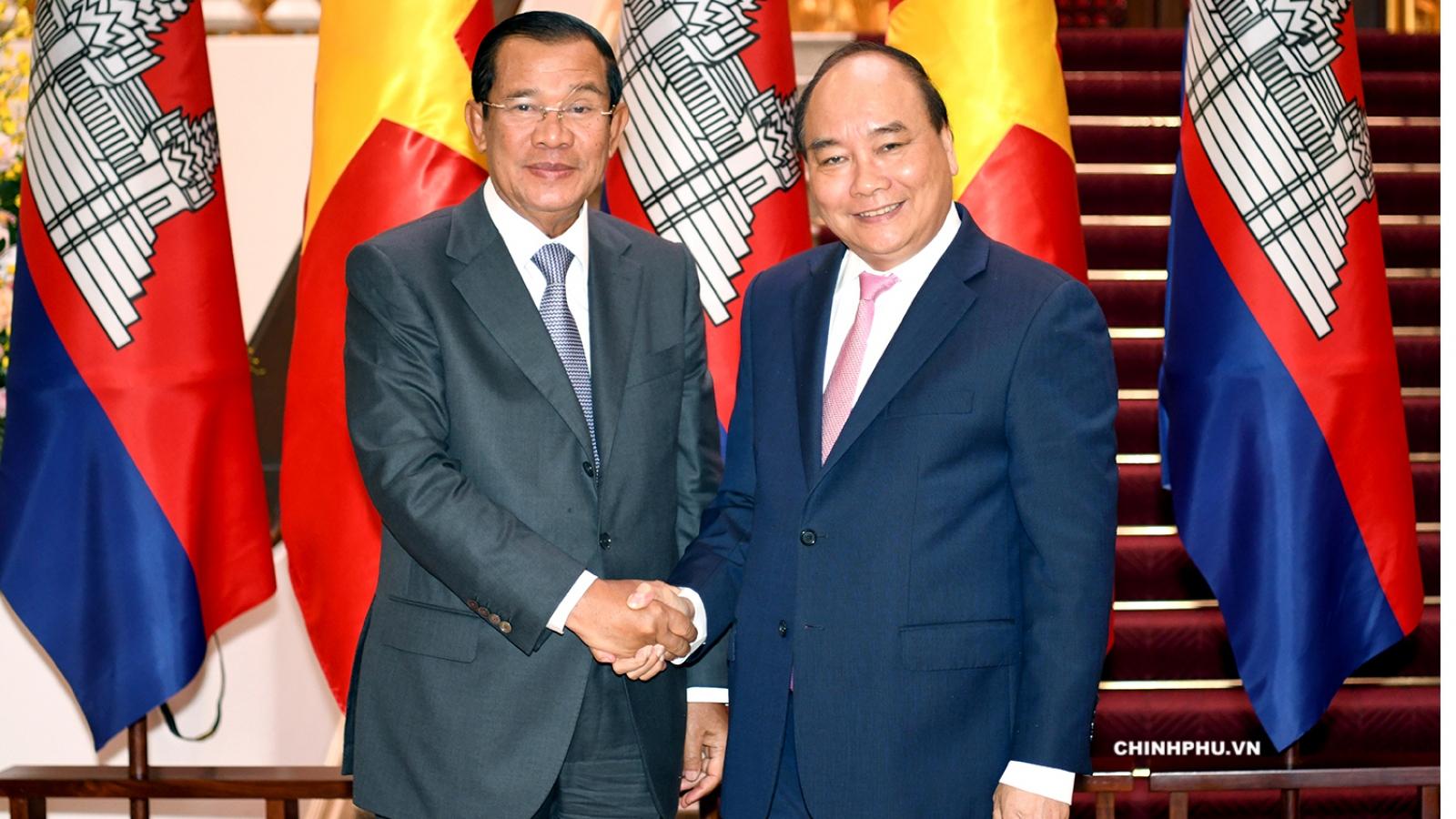 Thủ tướng Hun Sen cảm ơn Thủ tướng Nguyễn Xuân Phúc giúp Campuchia phòng chống Covid-19