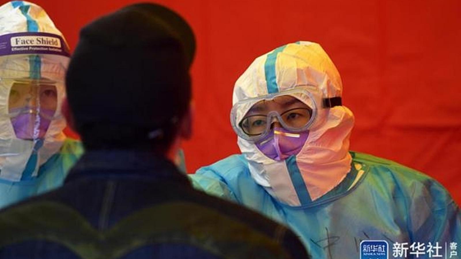 Trung Quốc cách chức quan chức để bùng phát dịch Covid-19 trong cộng đồng