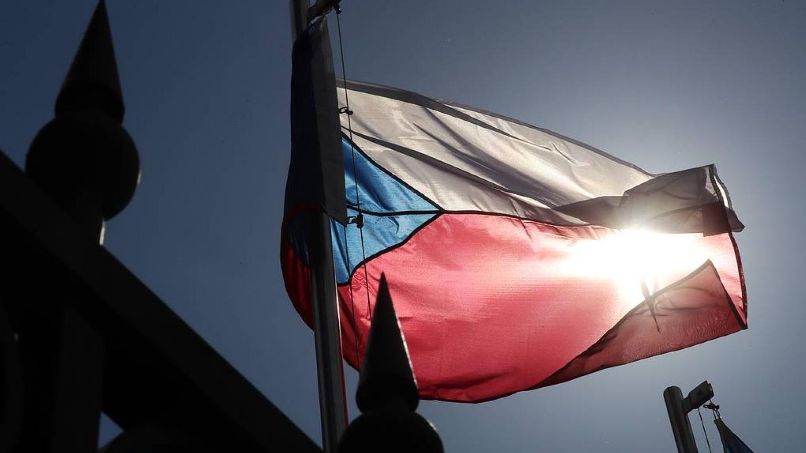 Căng thẳng Nga với CH Séc và Ukraine gia tăng trên mặt trận ngoại giao