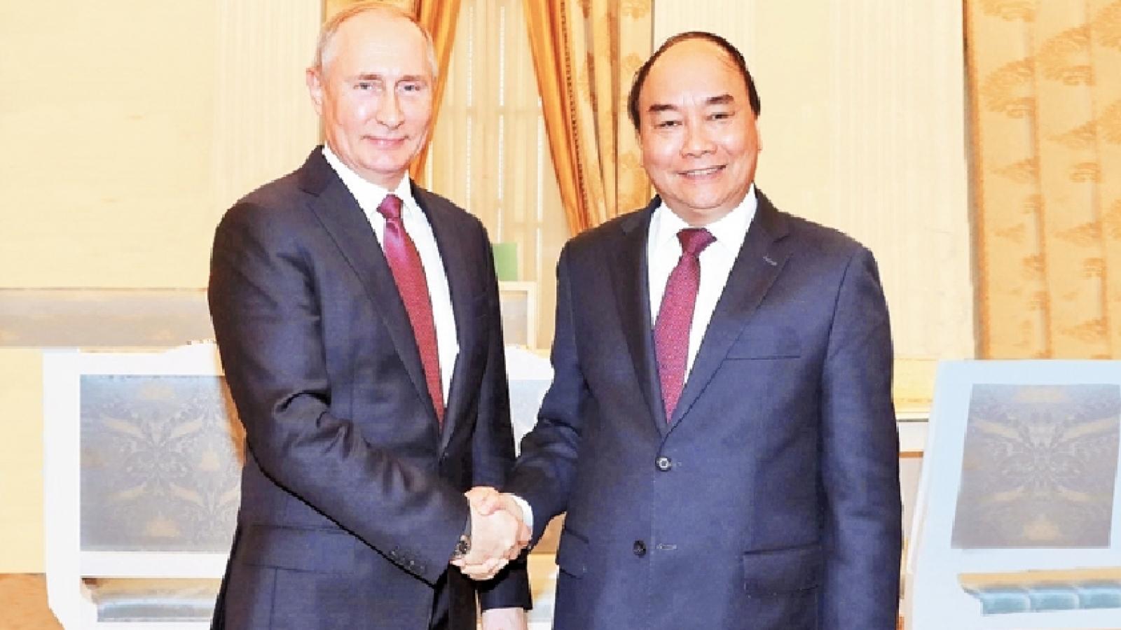 President Putin congratulates newly-elected President Nguyen Xuan Phuc