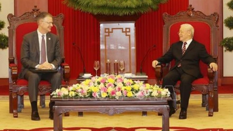 Party leader invites President J. Biden to visit Vietnam