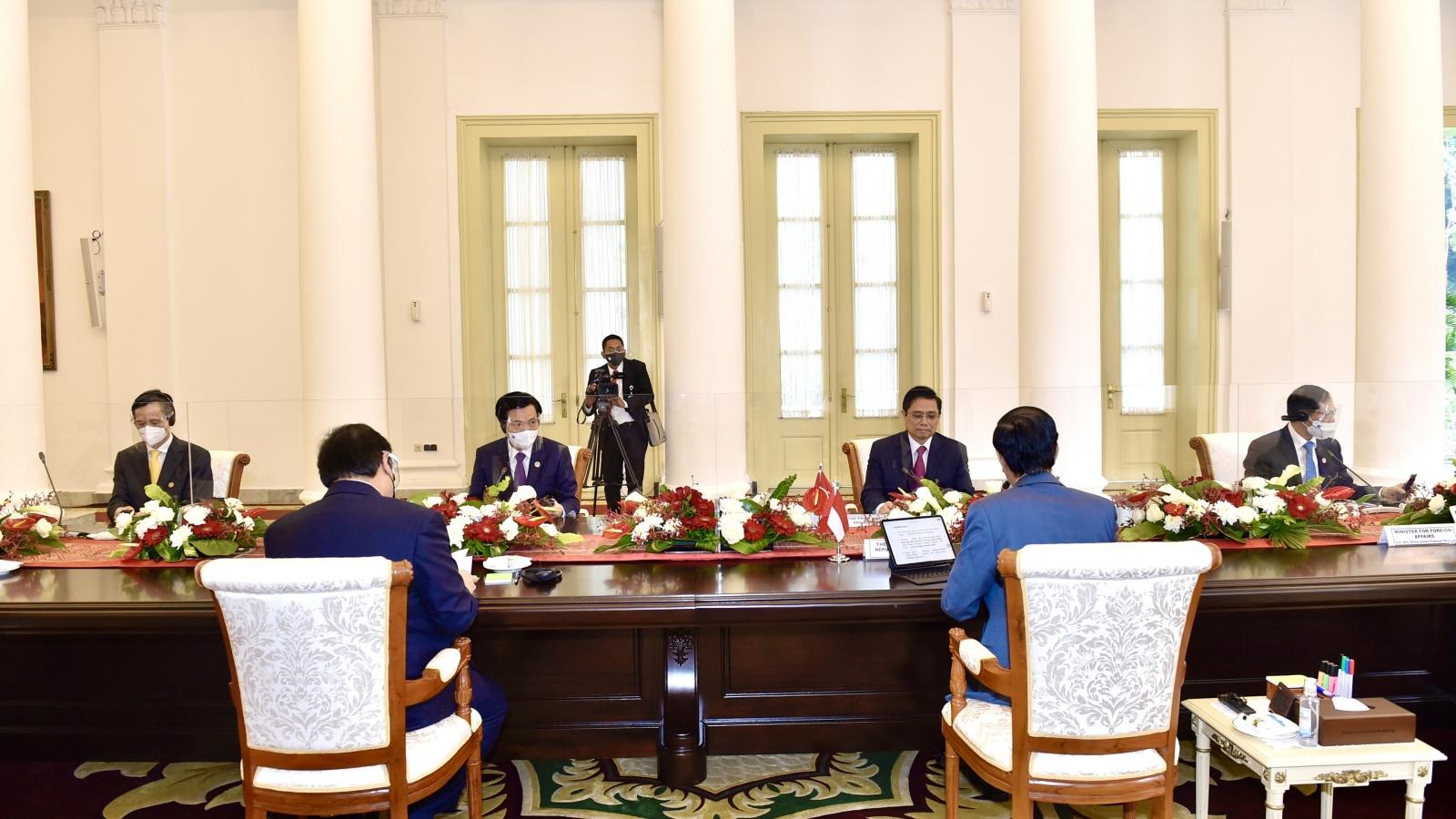 Hội nghị lãnh đạo ASEAN: Tổng thống Indonesia kêu gọi Myanmar chấm dứt bạo lực