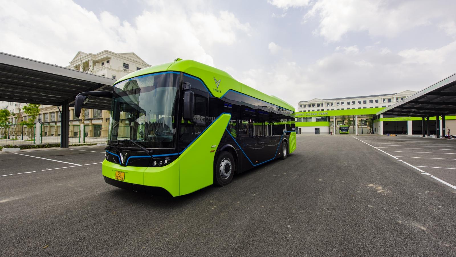 Chính thức vận hành xe buýt điện thông minh đầu tiên tại Việt Nam