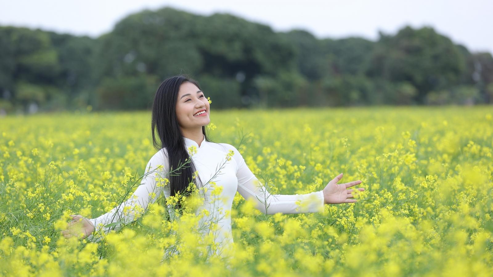 """Lê Minh Ngọc tát bạn diễn sưng má trong phim ca nhạc """"Điều không thể mất"""""""