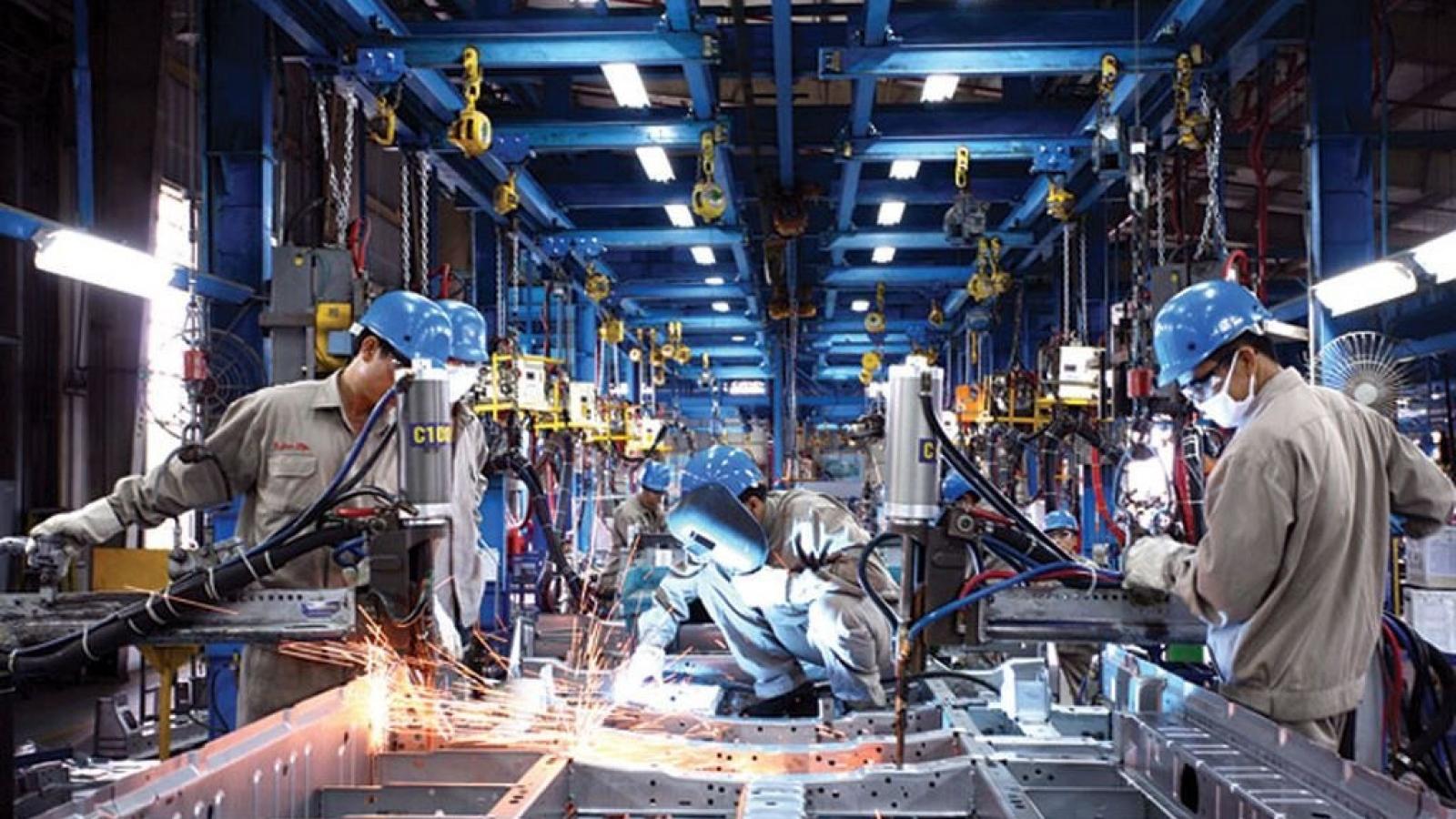 ADB: Tăng trưởng kinh tế của Việt Nam sẽ phục hồi ở mức 6,7% trong năm 2021