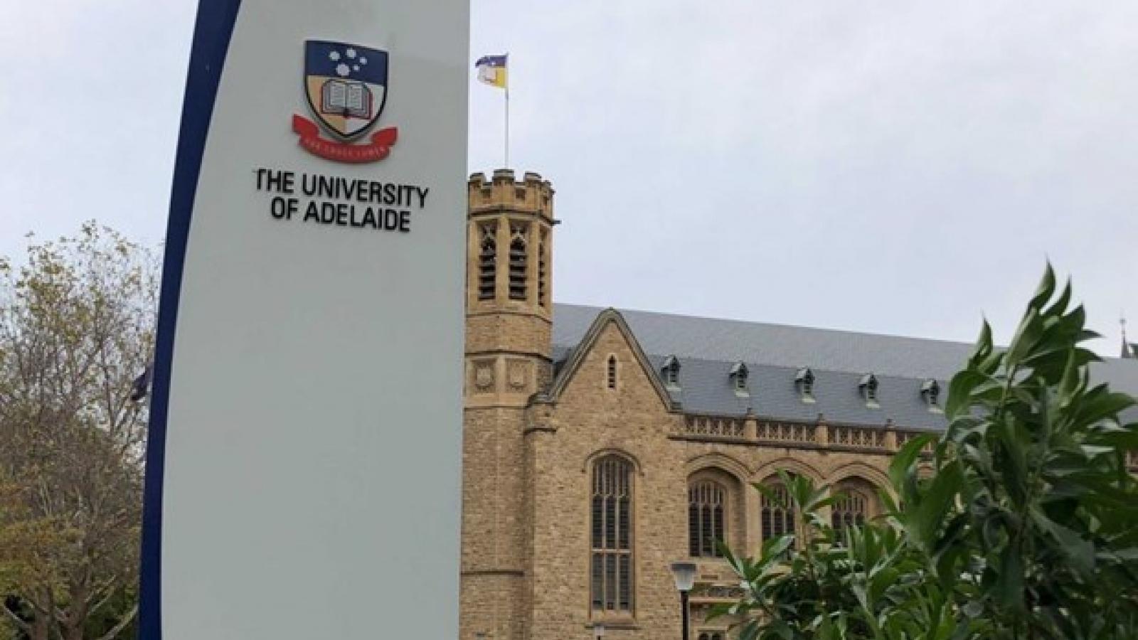 Vietnam, Australia universities enhance scientific research, training links
