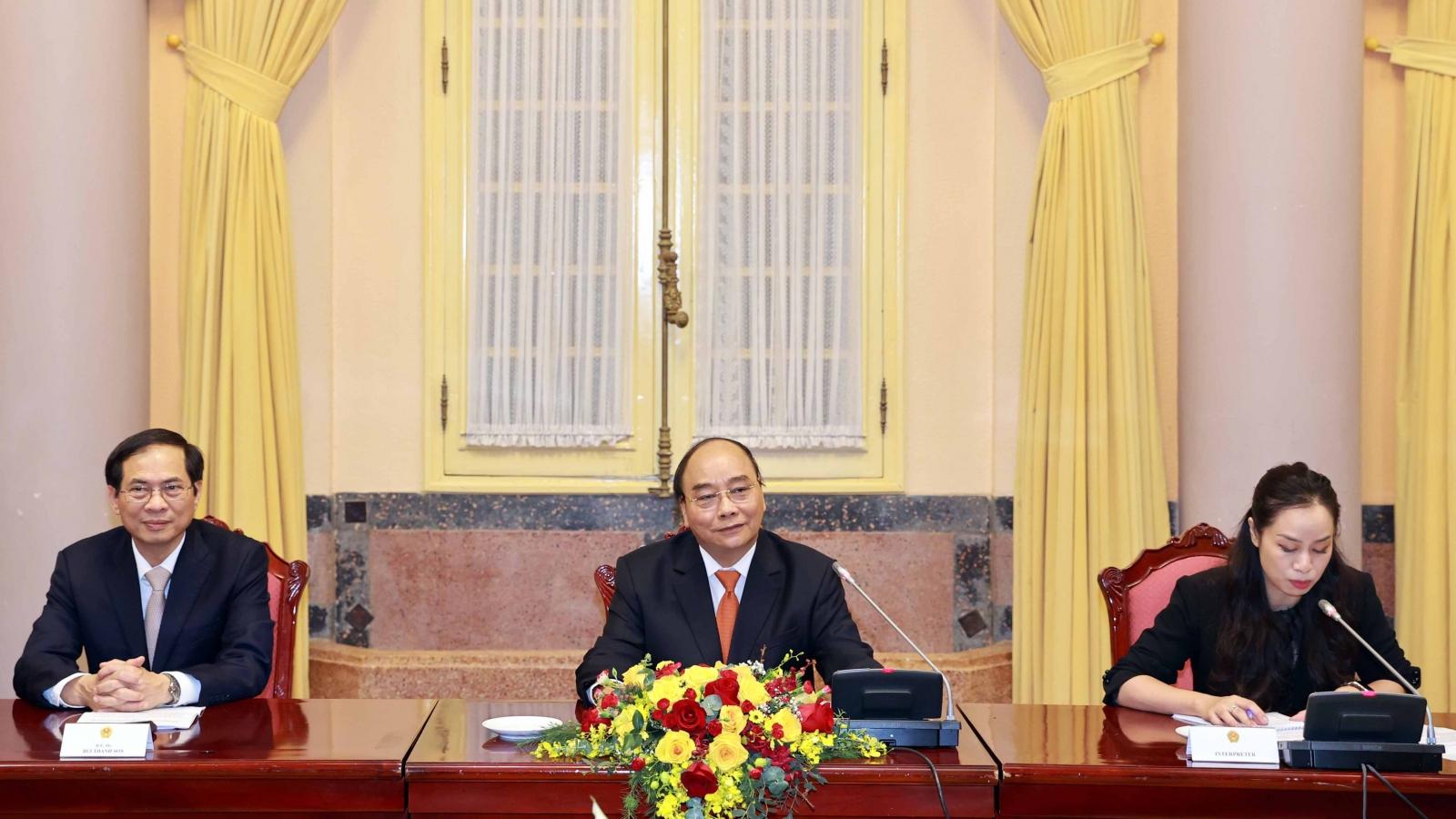 Chủ tịch nước Nguyễn Xuân Phúc tiếp Đại sứ, Đại biện ASEAN