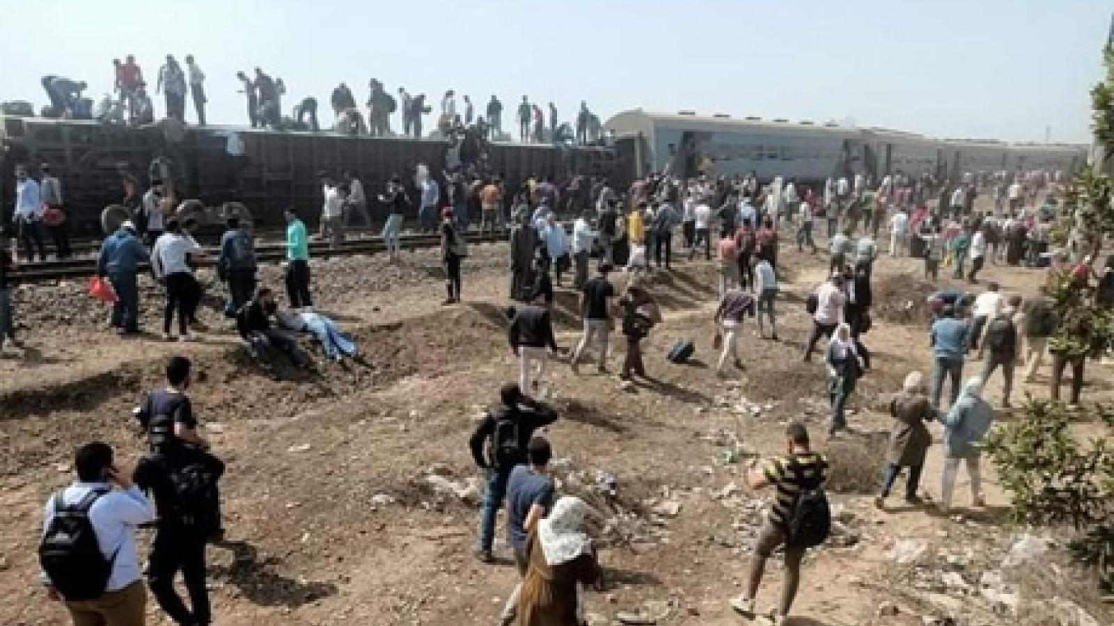 Ai Cập tạm giam 23 người liên quan tới vụ tai nạn tàu hỏa