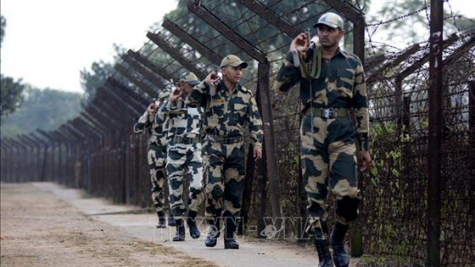 Ít nhất 22 nhân viên an ninh Ấn Độ thiệt mạng do bị phiến quân phục kích
