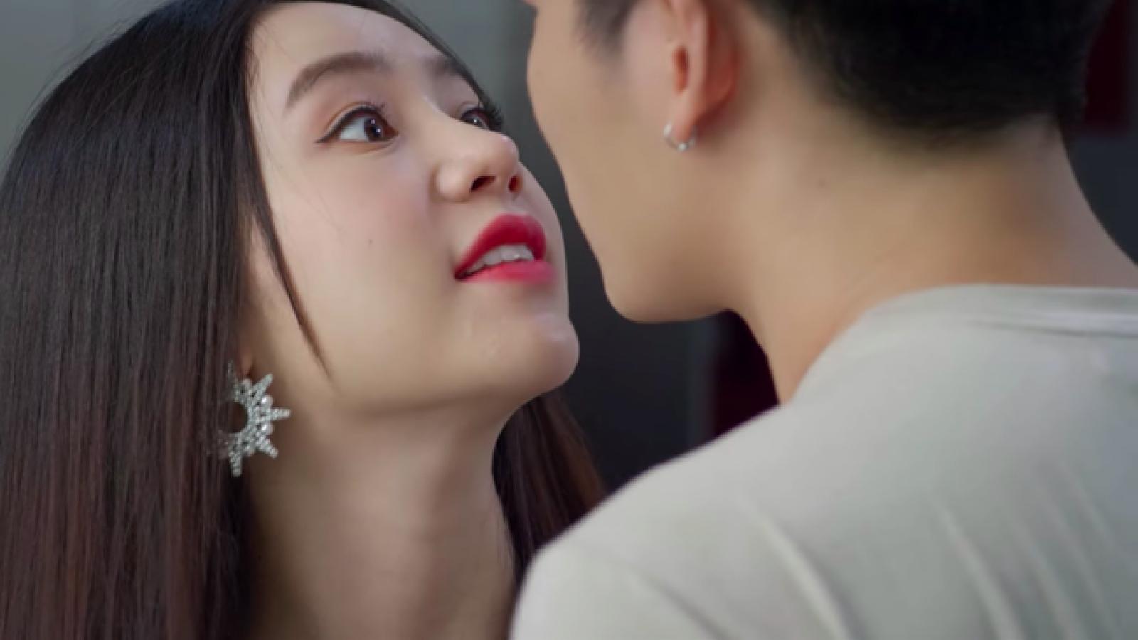 """Quỳnh Kool phủ nhận phim """"Hướng dương ngược nắng"""" lan man"""