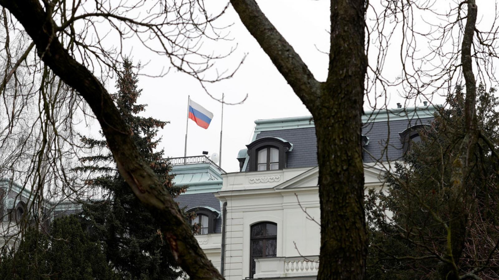 Séc tuyên bố trục xuất 18 nhà ngoại giao Nga