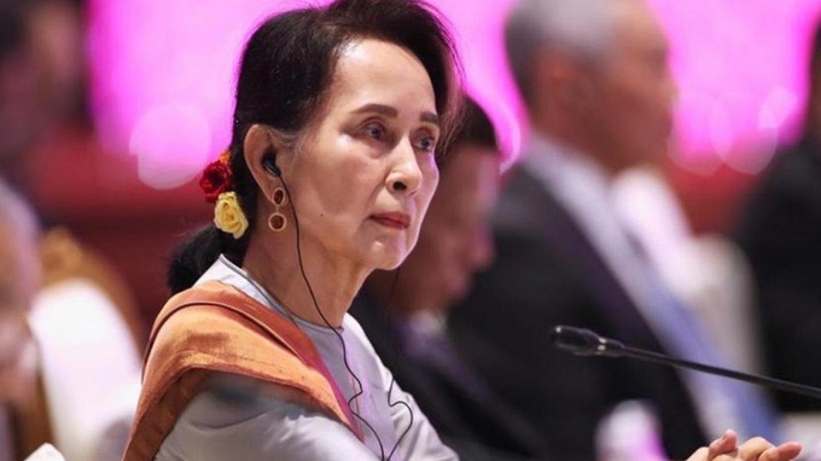 Bà San Suu Kyi bị cáo buộc vi phạm Đạo luật bí mật chính thức của Myanmar