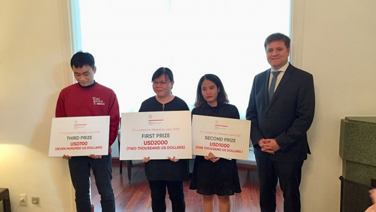 Writing contest about Poland launched in Vietnam