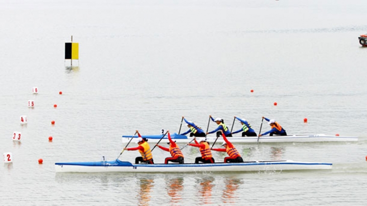 National Rowing and Canoeing Clubs Championship begins