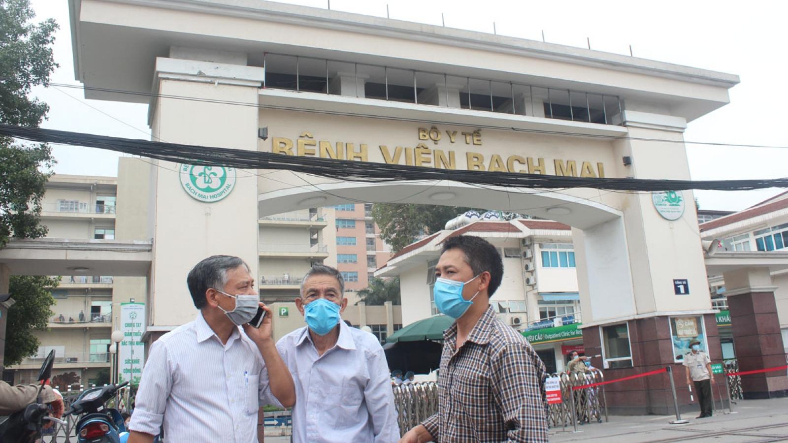 Bác sĩ Bệnh viện Bạch Mai nghỉ việc do áp lực khi tự chủ?