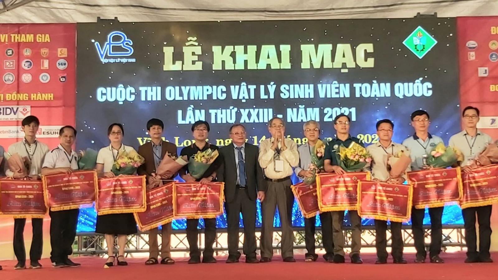 Khai mạc cuộc thi Olympic Vật lý sinh viên toàn quốc lần thứ 23