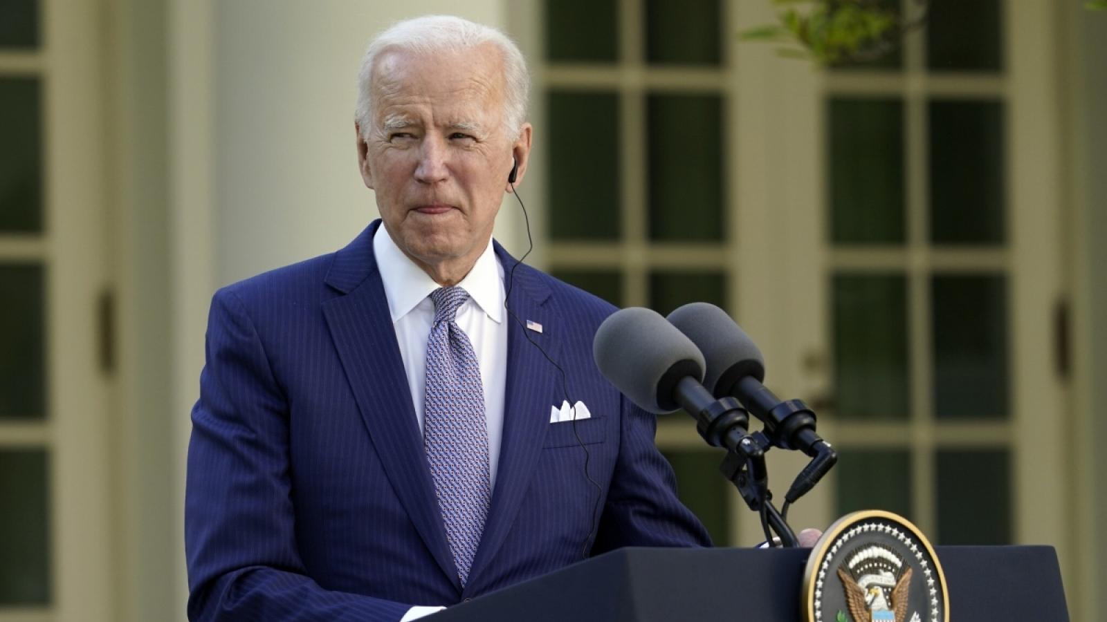 Tổng thống Joe Biden nhận được hơn 50% tỷ lệ ủng hộ trong 100 ngày đầu nhiệm kỳ