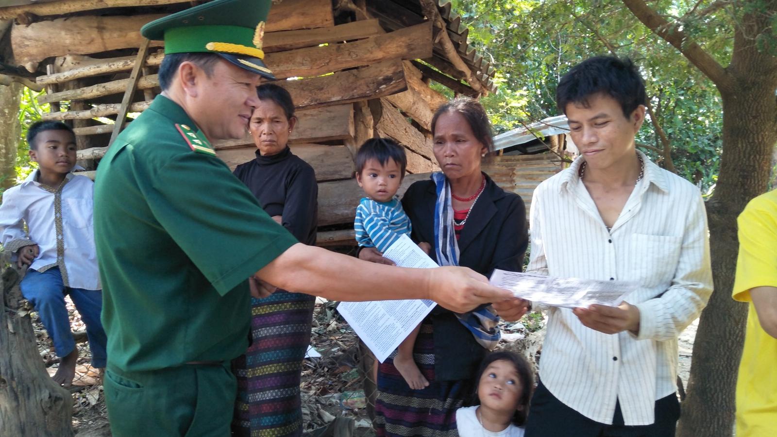 Những cư dân mới nhập quốc tịch lần đầu được bầu cử ở Việt Nam