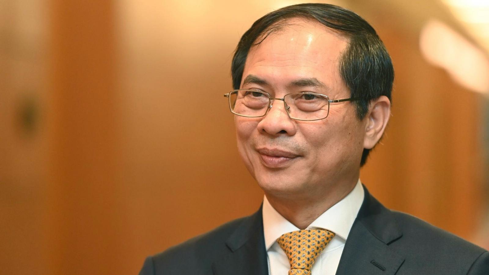 Tân Bộ trưởng Bùi Thanh Sơn nêu 4 trọng tâm ưu tiên của ngoại giao Việt Nam