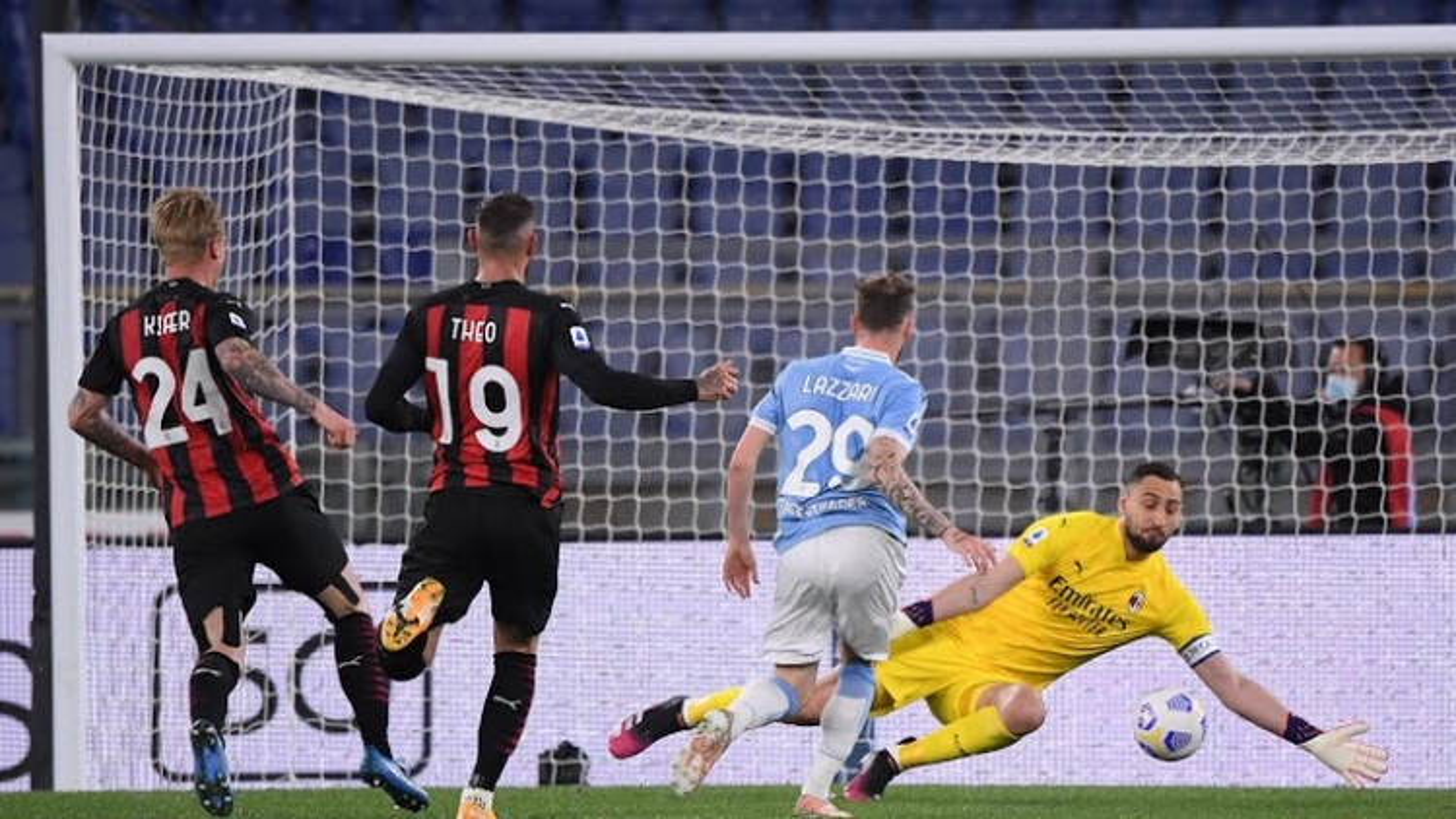 BXH Serie A mới nhất: Napoli bứt phá, Juventus và AC Milan lâm nguy