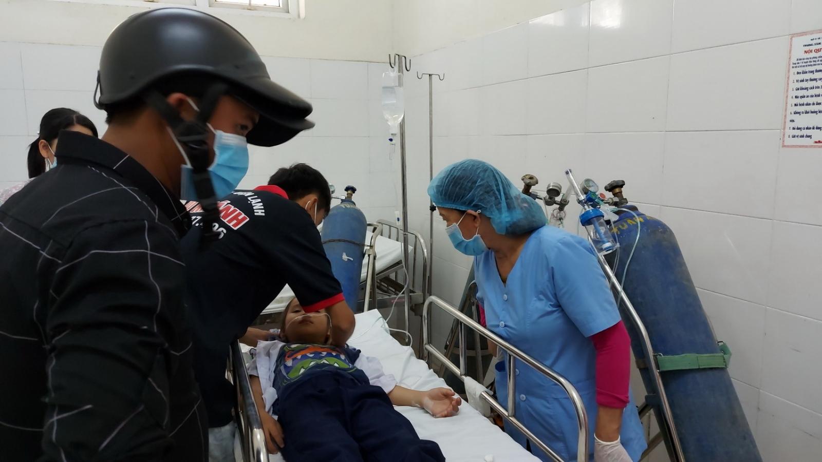 34 học sinh nhập viện do hít phải khí lạ từ đồ chơi