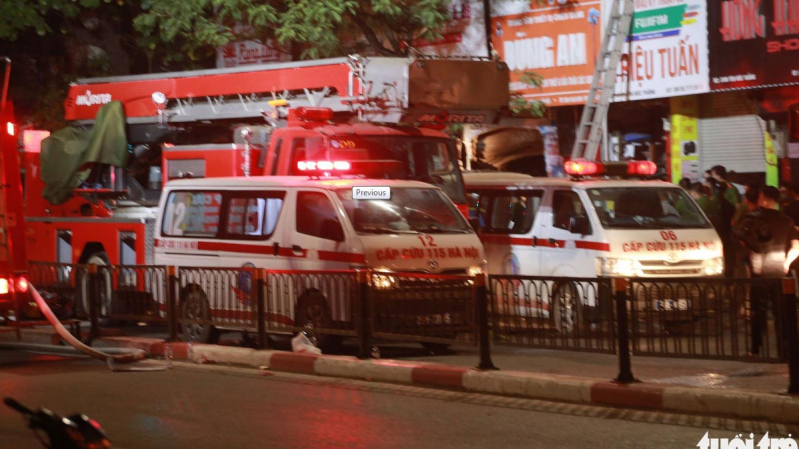 1h sáng cháy cửa hàng đồ sơ sinh ở Hà Nội: ít nhất 2 người chết, đang tiếp tục tìm kiếm