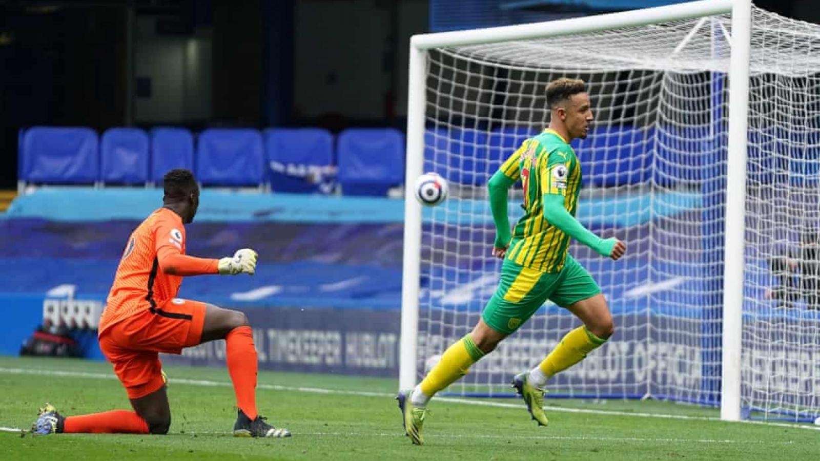 Thiago Silva nhận thẻ đỏ, Chelsea thua sốc trước West Brom