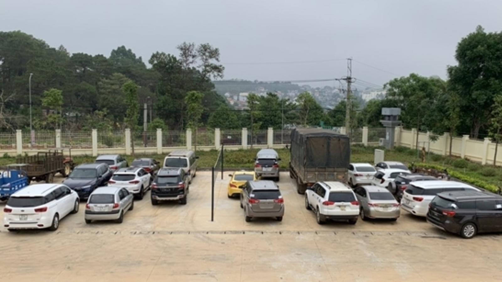 Thuê hàng loạt ôtô tự lái đem cầm cố, bán lấy tiền trả nợ