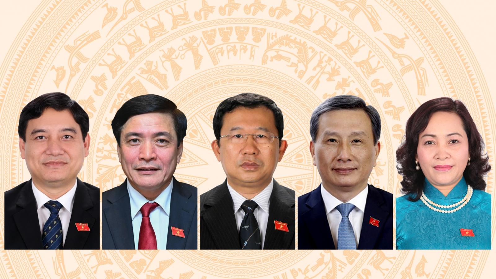Chân dung 5 ủy viên Ủy ban Thường vụ Quốc hội mới