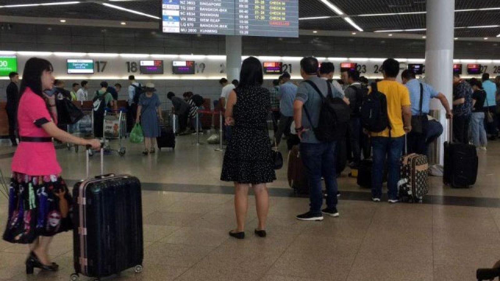 Campuchia tạm dừng nhập cảnh tất cả người nước ngoài đến từ Ấn Độ