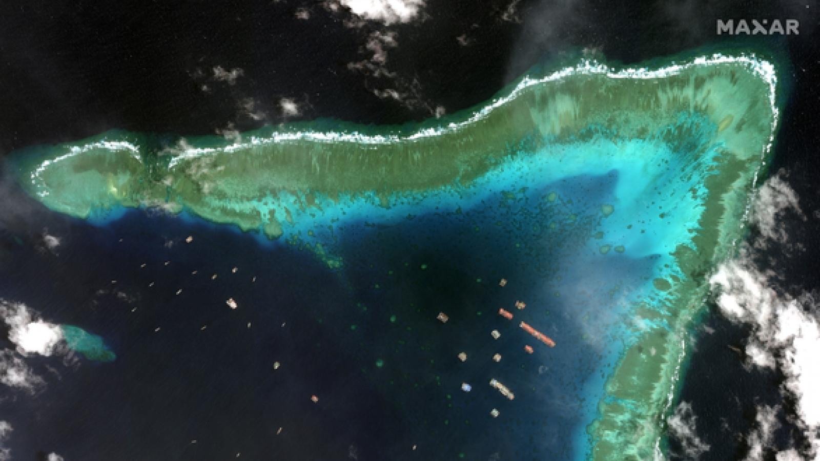 Philippines cảnh báo hậu quả nếu Trung Quốc không rút tàu khỏi Đá Ba Đầu