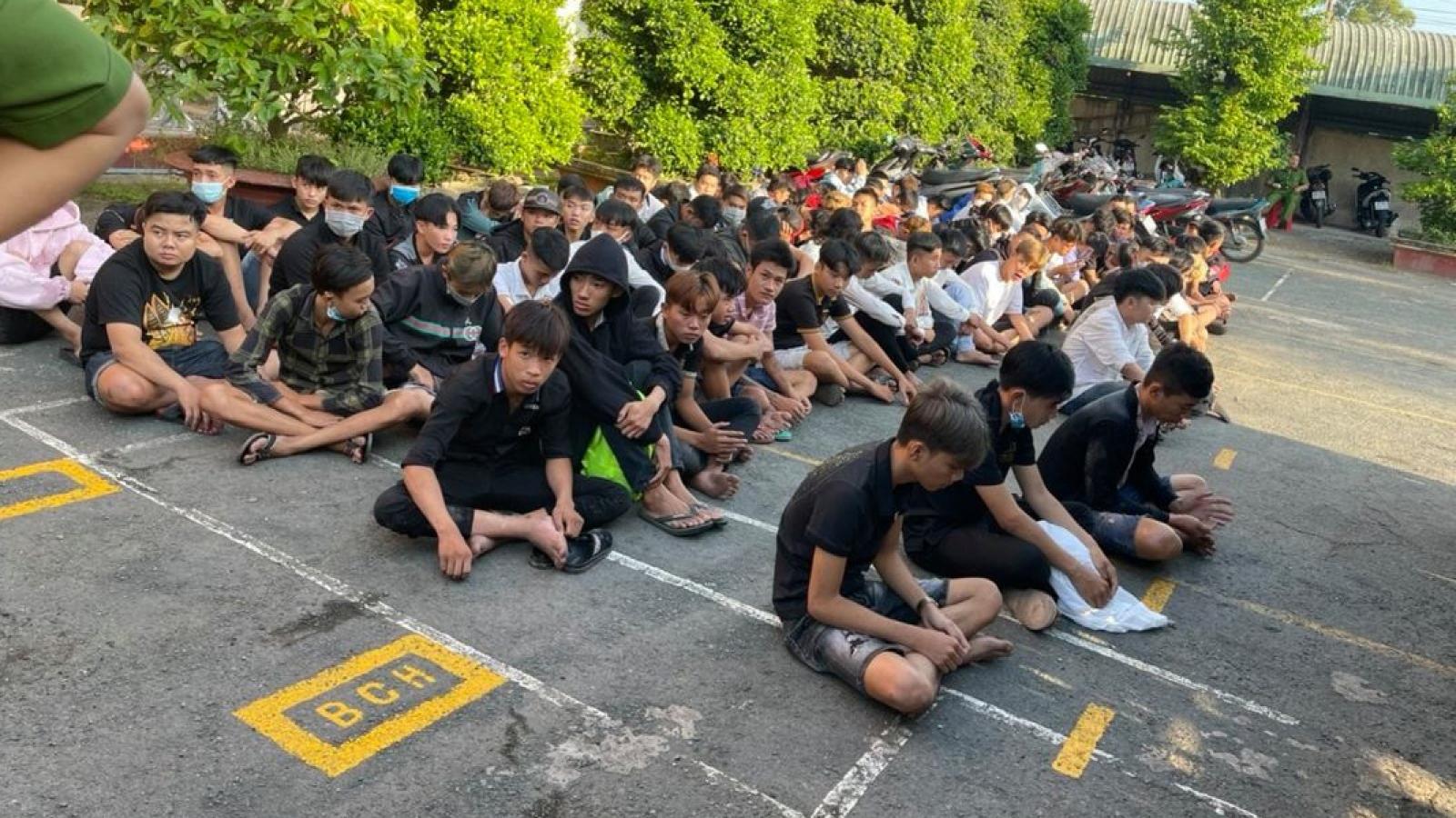 Khởi tố 11 đối tượng đua xe trái phép ở Tiền Giang