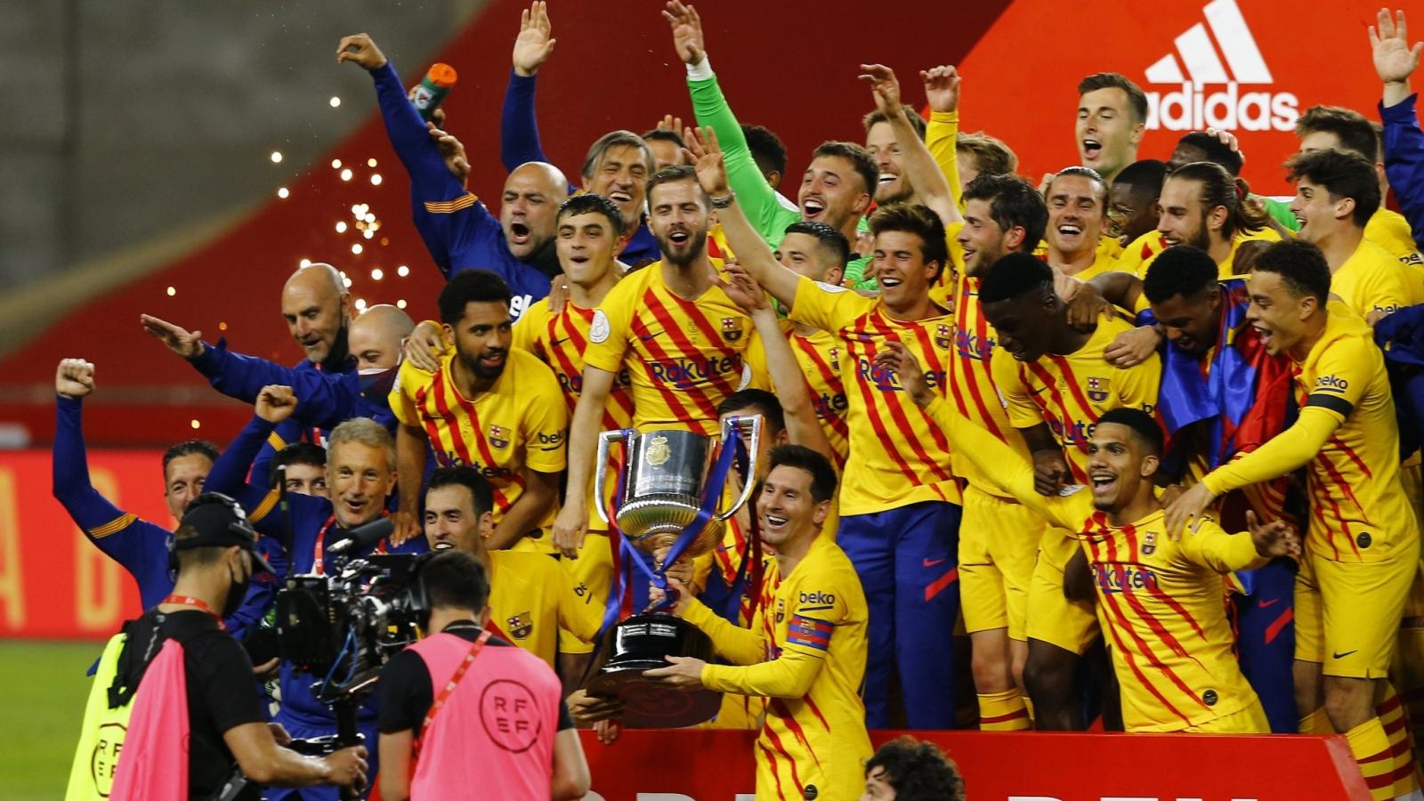 Messi thăng hoa với cú đúp, Barca đoạt Cúp Nhà vua 2020/2021
