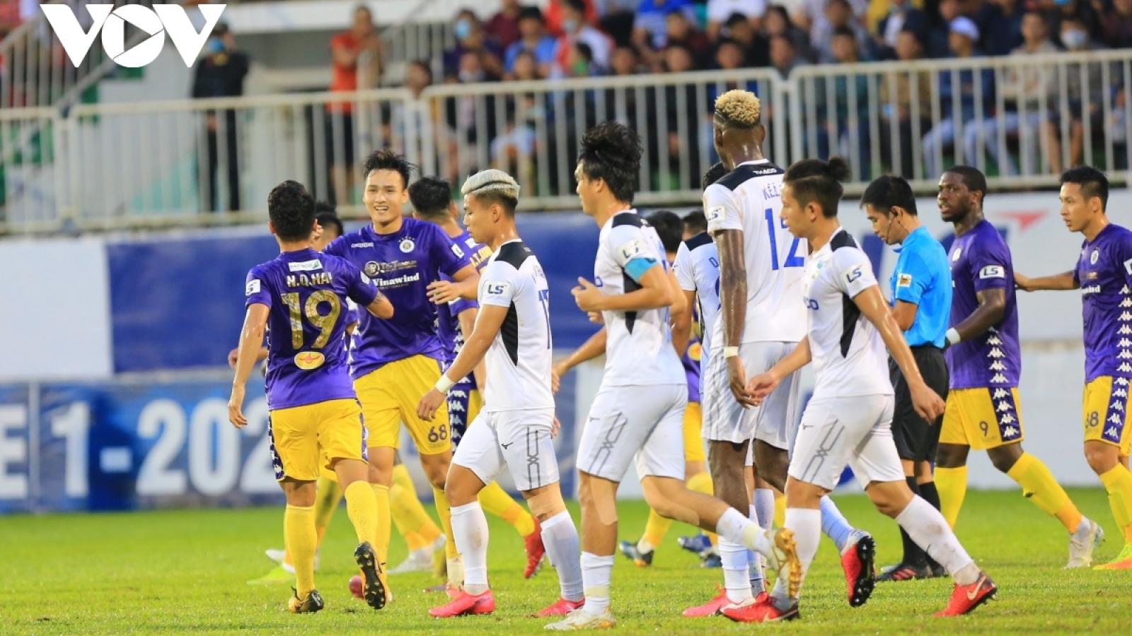 TRỰC TIẾP HAGL - Hà Nội FC: Quang Hải đại chiến Công Phượng