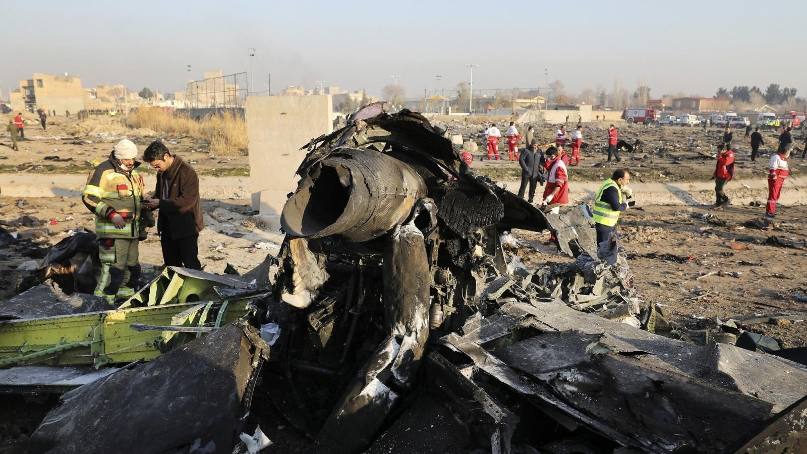 Iran điều tra 10 quan chức liên quan đến vụ bắn rơi máy bay Ukraine