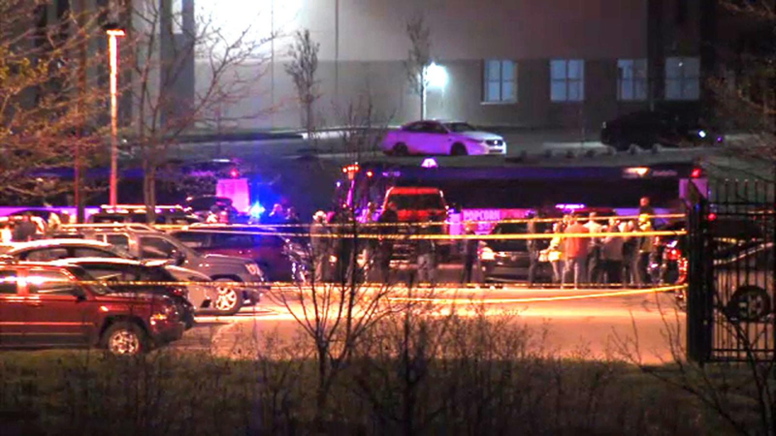 Xác định danh tính nghi phạm vụ xả súng giết chết 8 người ở Mỹ