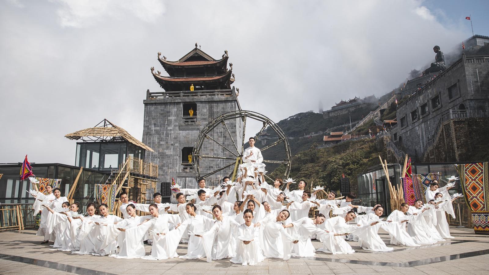 Hơn 100 doanh nghiệp Lào Cai chung tay giảm giá kích cầu du lịch