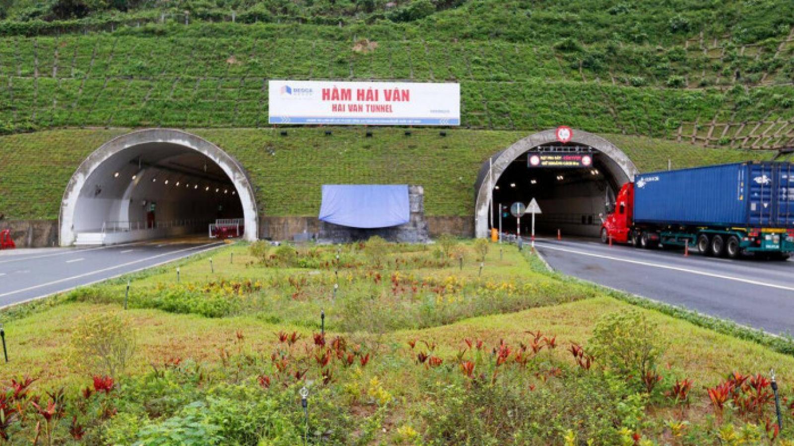 BOT hầm Hải Vân tăng phí từ 1/5, cao nhất 280.000 đồng/lượt