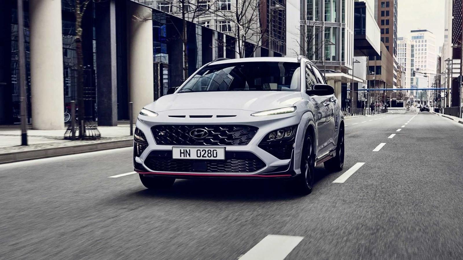 Hyundai Kona N ra mắt phiên bản hiệu năng cao 286 mã lực