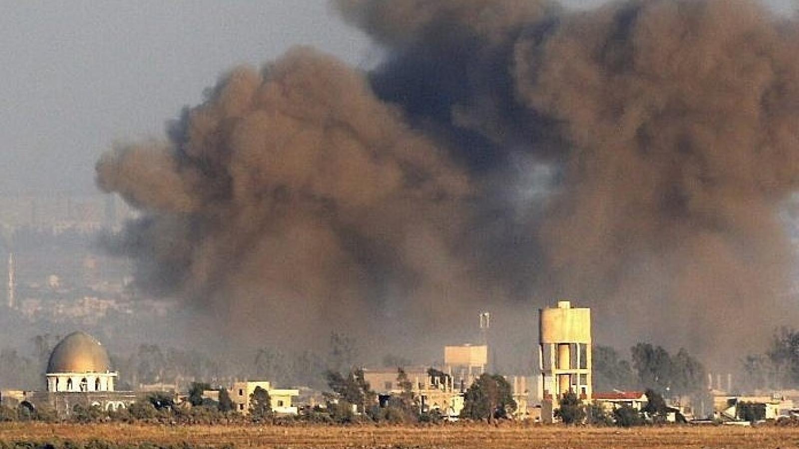 Israel không kích thủ đô của Syria, 4 binh sĩ bị thương