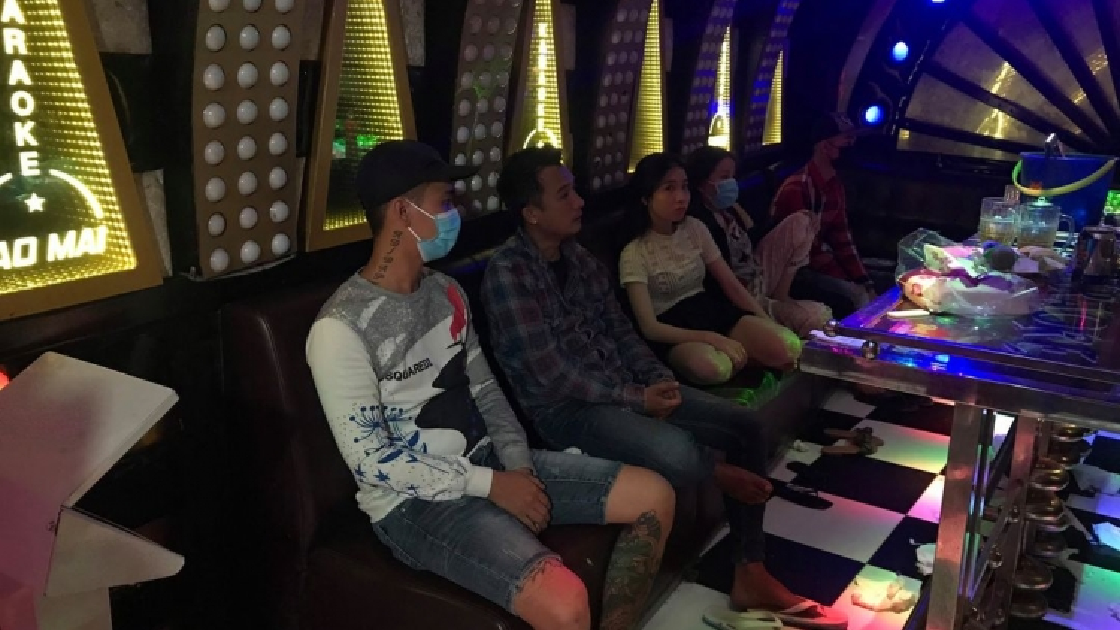 Tiền Giang lại phát hiện khách hát sử dụng ma túytrong quánkaraoke