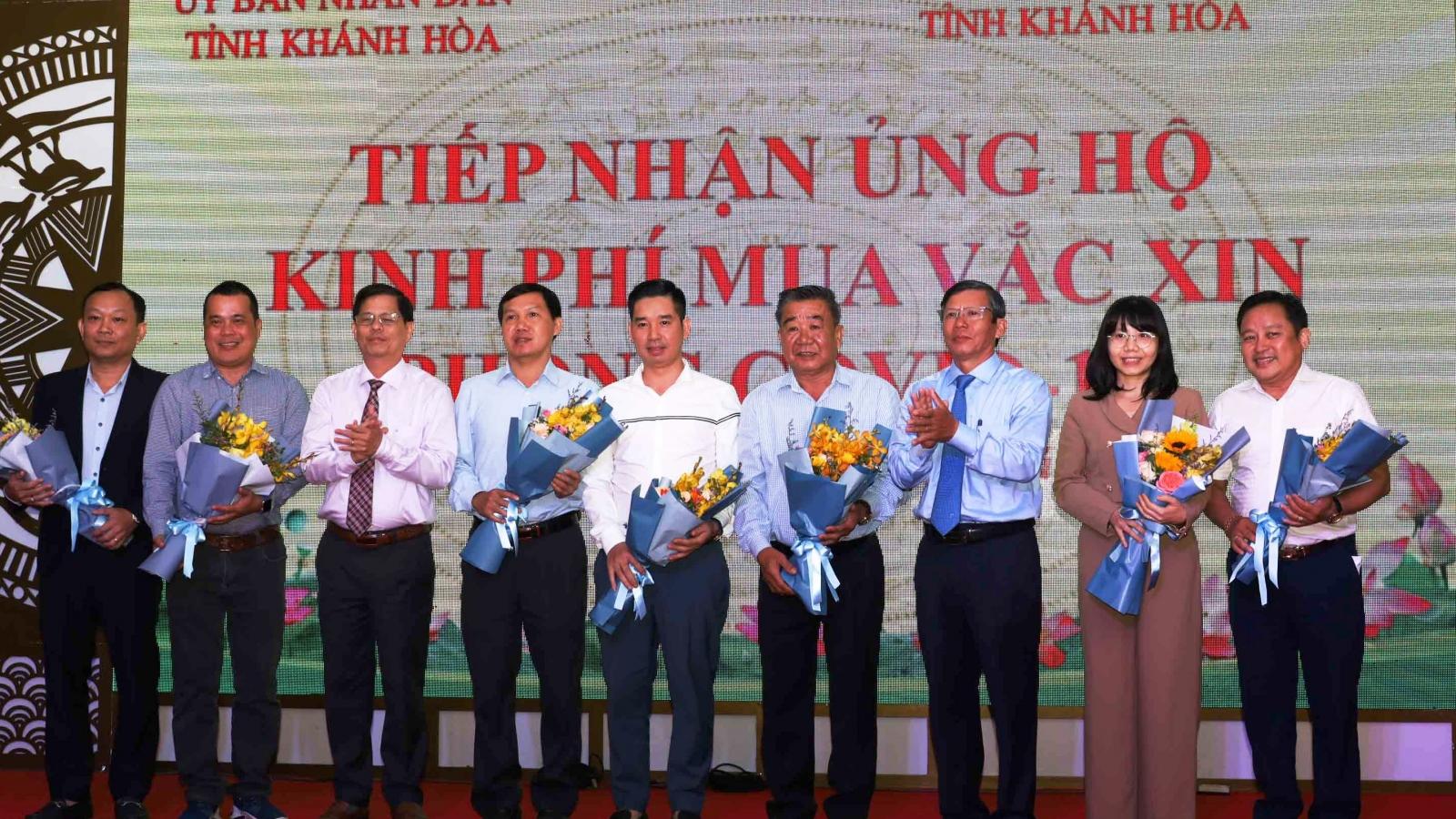 Khánh Hòa: Trích ngân sách, tiêm vaccine Covid-19 miễn phí cho người dân