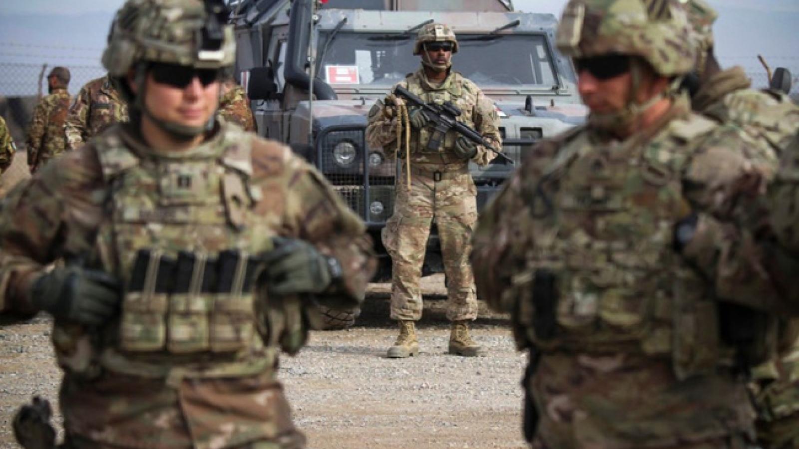 Rút quân khỏi Afghanistan, chính quyền Biden đối mặt với nhiều rủi ro tiềm ẩn