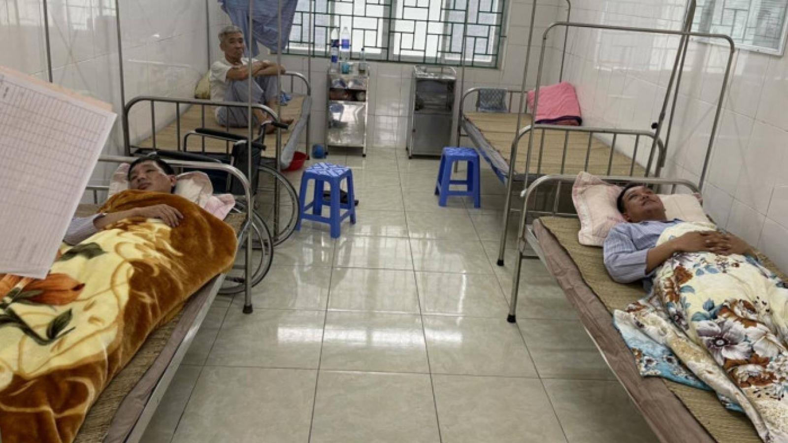 Bắt giữ đôi vợ chồng vận chuyển ma túy, hai cán bộ phòng CSGT tỉnh Hòa Bình bị thương