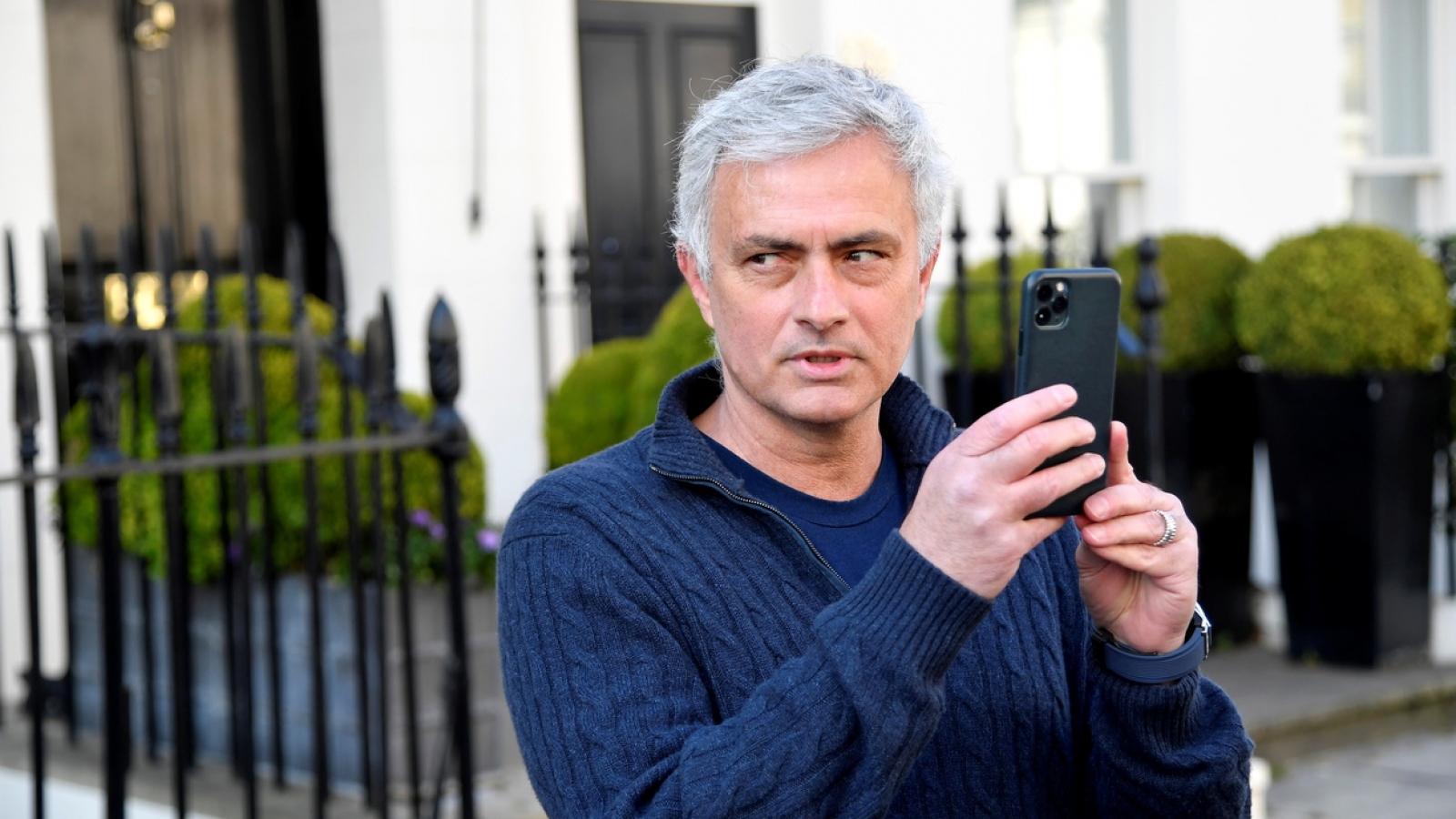 "Jose Mourinho trả lời phỏng vấn ""chất lừ"" sau khi bị Tottenham sa thải"