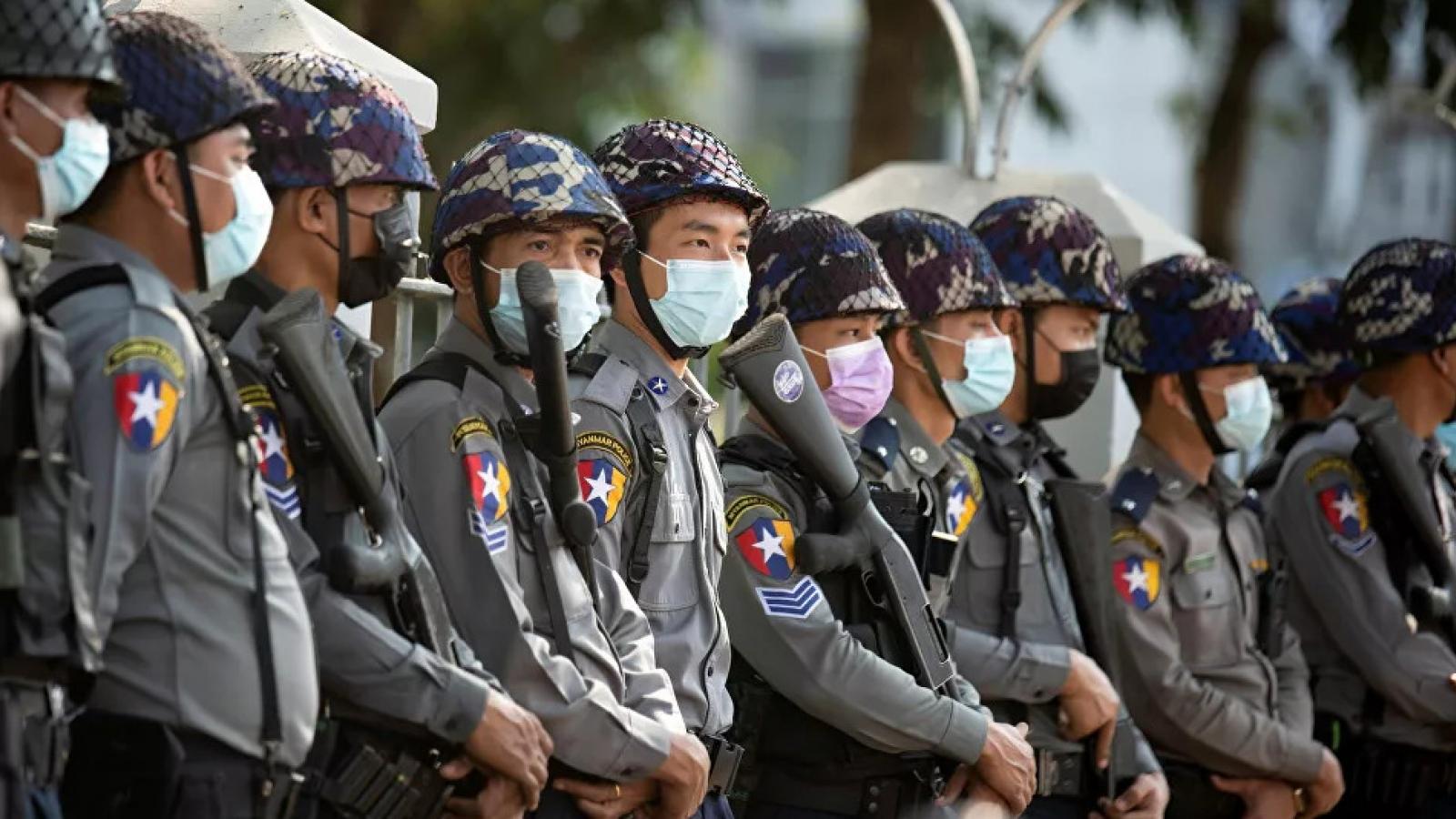 Quân đội Myanmar ân xá, thả hơn 23.000 tù nhân